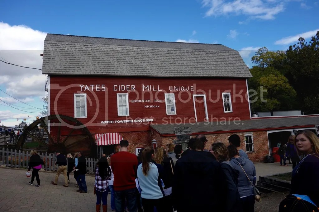 photo Yates Cider Mill 26_zpsb0dnyspg.jpg
