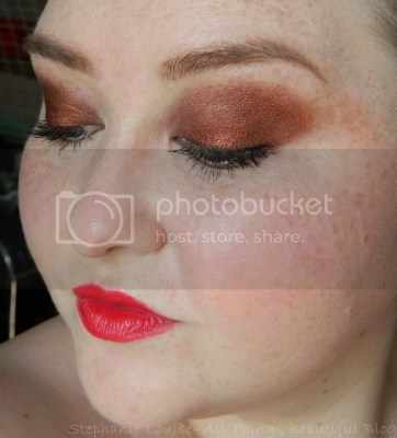 Makeup Geek Blitz Eyeshadow Pigment & Vanilla Bean Makeup Look