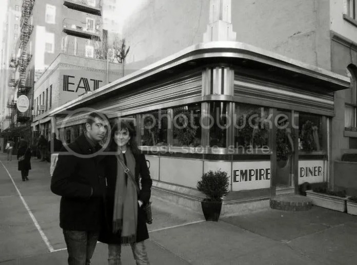Nosotros en el Empire Diner en la navidad de 2009