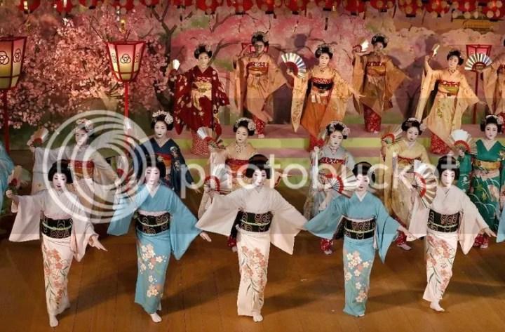 Kyo Odori @ Teatro Miyagawachō Kaburenjō | Kyoto | Kyoto Prefecture | Japón