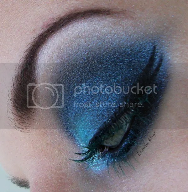 Turquoise lashes6 by Lisanne blogt