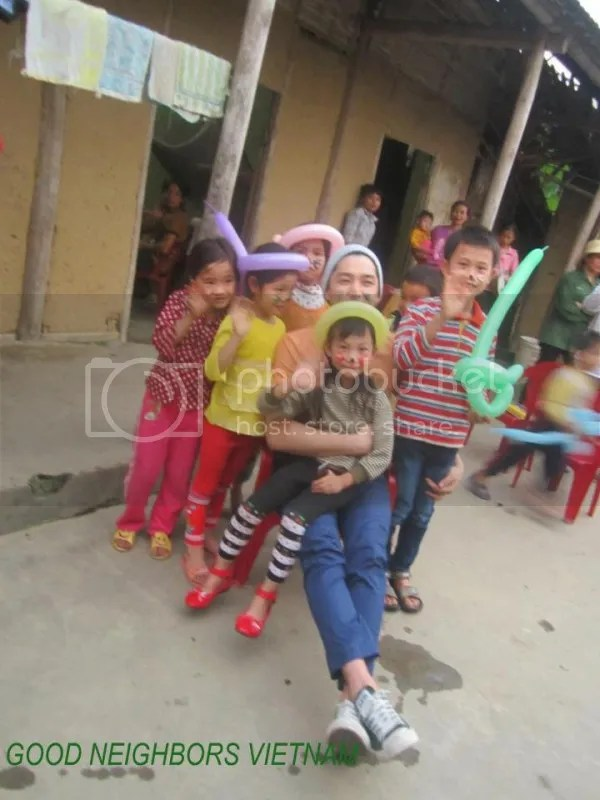 photo GoodNeighborsVietnam84209_zps04bab1ad.jpg