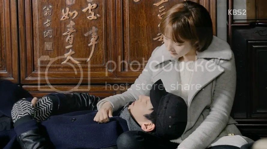Healer ep 18 Young Shin and Jung Hoo take a nap at Elder's house