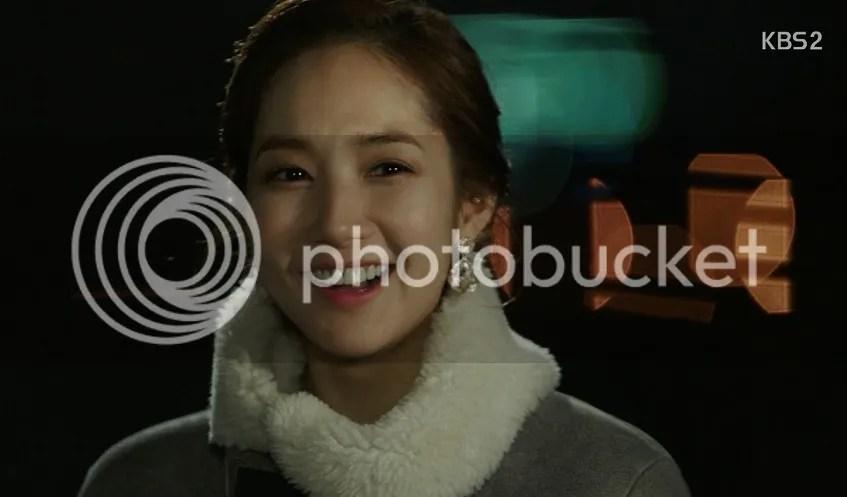 Healer ep 10 Young Shin's smile