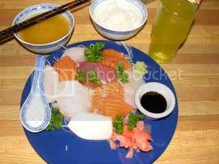 Sashimi Dinner with Half-Rice, Miso Soup and Tea - 662 calories