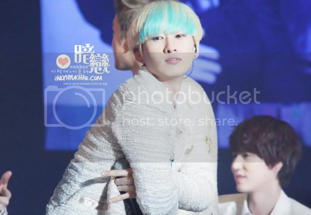 photo eunhyuk-6_zps8e7dcb26.jpg