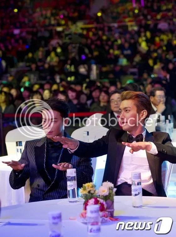 photo siwon-donghae_zps0d2ce17f.jpg