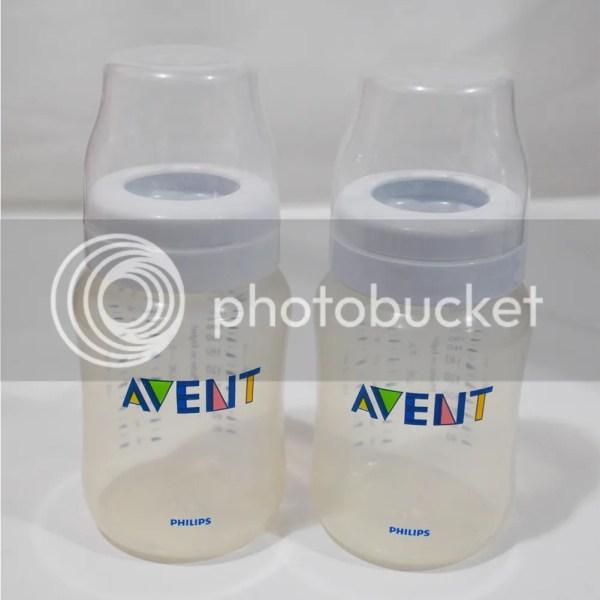 Philips Avent 2 Used Baby Feeding Bottles 9 Oz Bpa Free