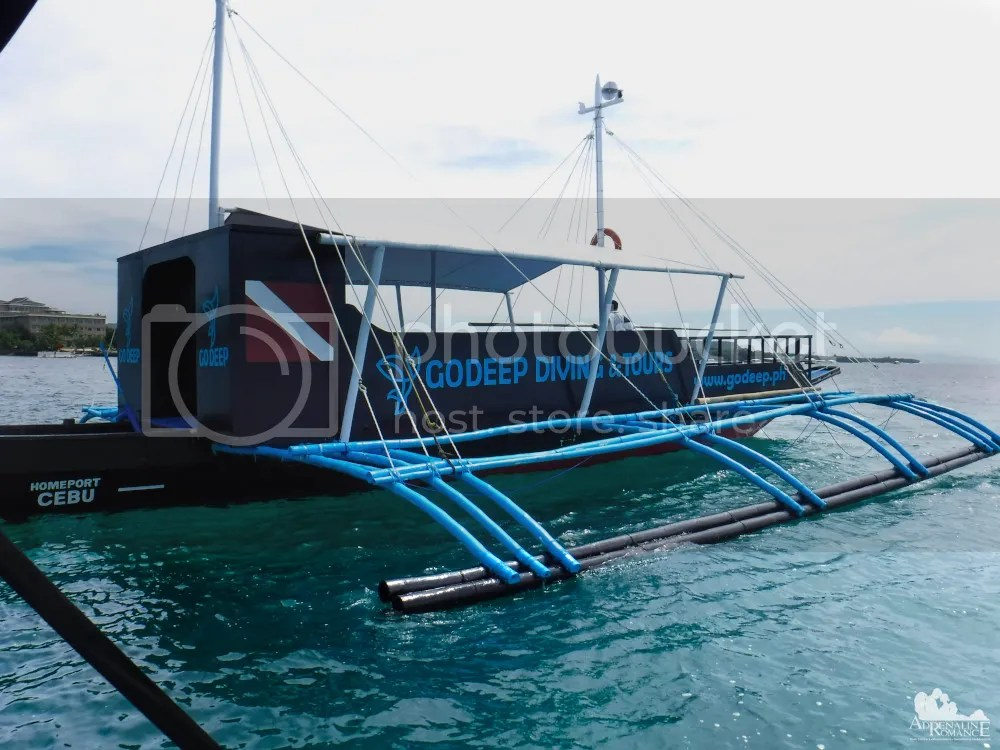 GoDeep Philippines Dive Boat