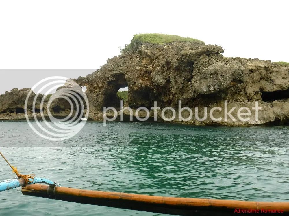Island Hopping around Nueva Valencia