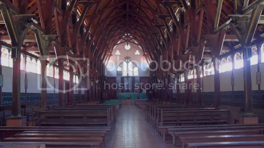 Interior Gereja Tua Sikka photo SAM_0202_zpsa38928b3.jpg