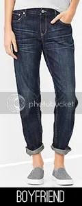Model wearing boyfriend jeans.