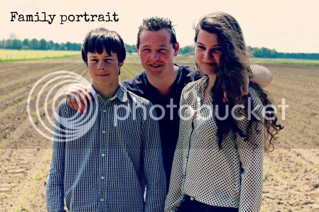 photo family07_zps85cb2a4b.jpg