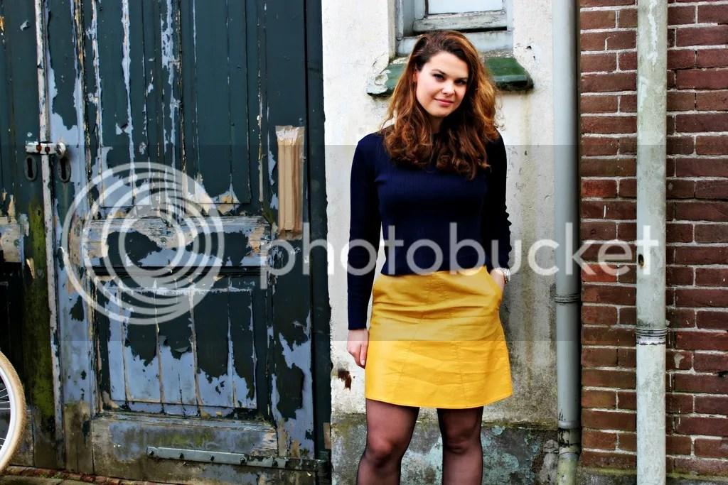 photo yellow01_zpsj2uqz85z.jpg