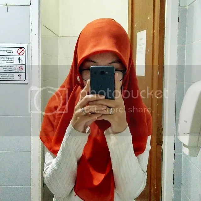 Mirror Selfie Using Xiaomi Redmi 2 Prime | Hola Darla