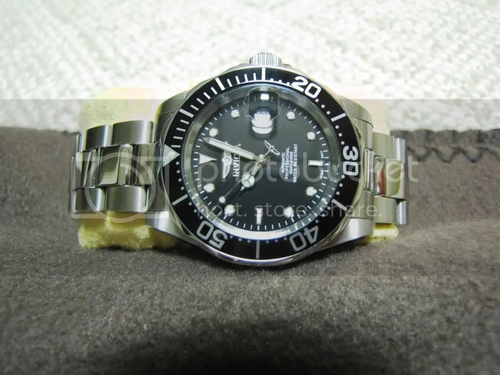 Seiko SKX173 vs. Invicta 8926 Review - Seiko & Citizen Watch Forum – Japanese Watch Reviews. Discussion & Trading