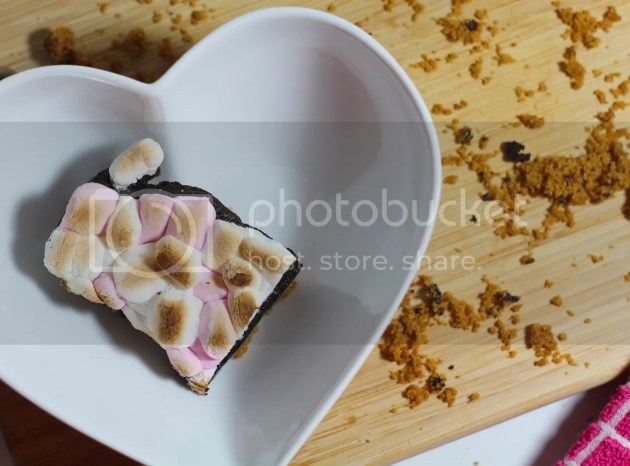 photo Smores Brownie 10_zpscwioytzb.jpg