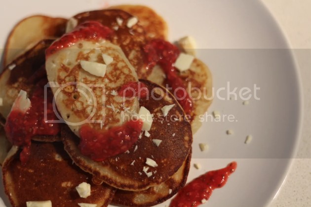 photo White Chocolate Pancakes and Raw Raspberry Jam - 5_zpsgnnidwcy.jpg