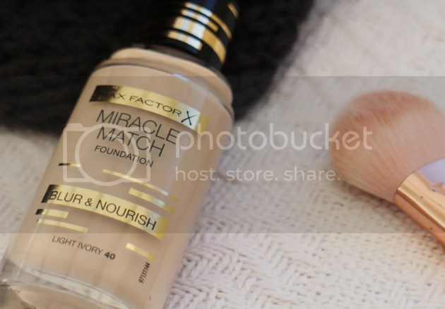 photo Max Factor Miracle Match Foundation Review 5_zpsqoewazuy.jpg