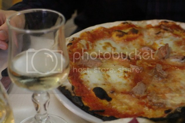 photo Pizza in Rome 5_zpsxvci5uc0.jpg