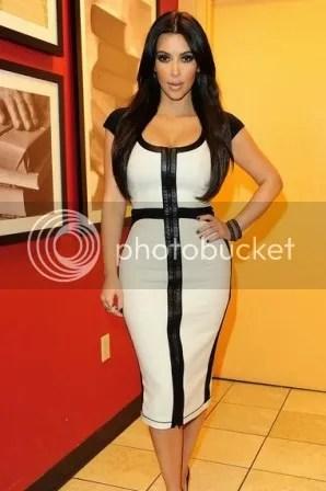 photo Kim_Kardashian_Mono_zps58607b2b.jpg