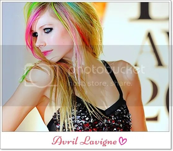 photo avril-lavigne_thumb_zpsb82e6c33.jpg