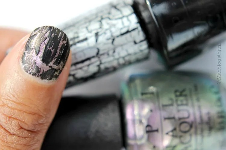 OPI Black Shatter & Not like the movies photo OPI_Not_like_the_movies_Black_Shatter_zps1ab16ec9.jpg