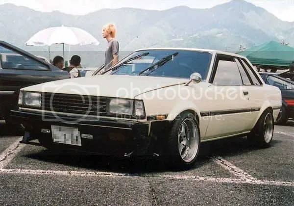 Corolla TE71 Notchback