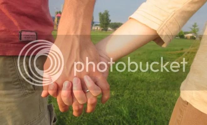 photo hands_zpsc4b33aed.jpg