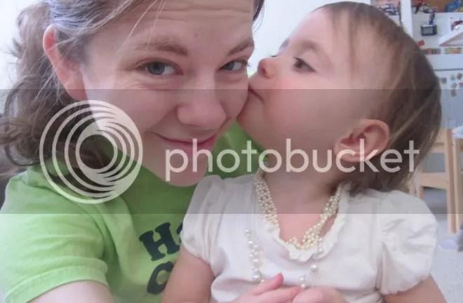 photo kisses_zps750111b9.jpg