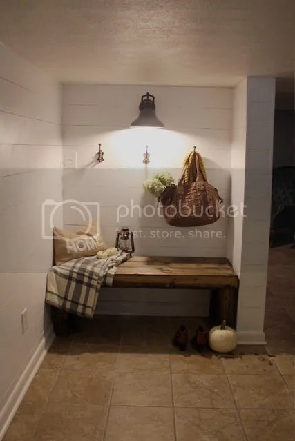 photo mudroom11_zpszlflf7rh.jpg