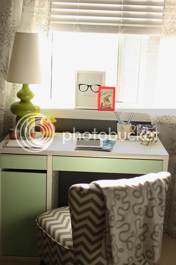 photo office4_zpscc3b1e49.jpg