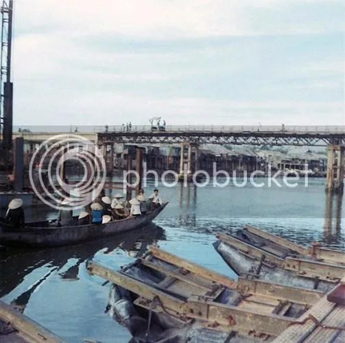 photo khoanh-khac-kho-quen-ve-quang-tri-nam-1967-hinh-12_zpsctq3r9fr.jpg