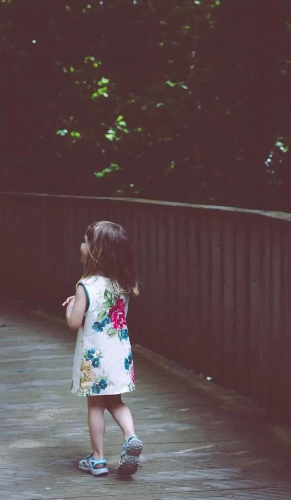 photo Walking_zps3d0fa5b4.jpg