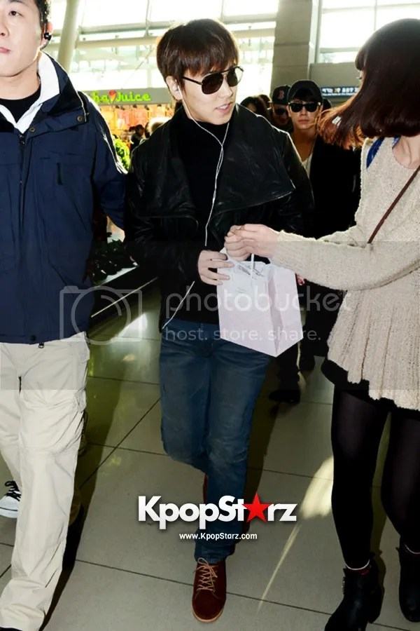 photo kpopstarz20_zpsd8442c1a.jpg