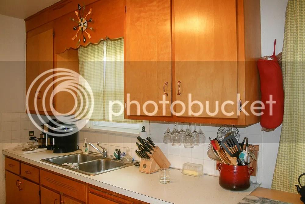 photo Kitchen1_zps26895b28.jpg