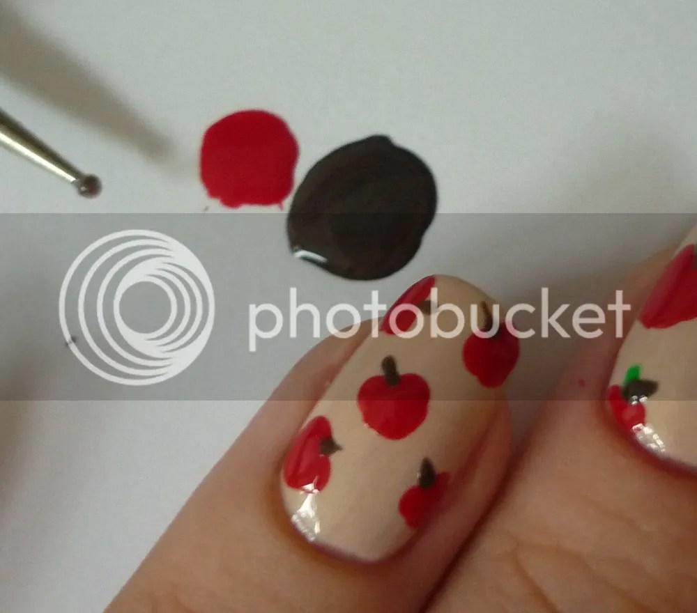 Nail Art Apple La Moon Nails