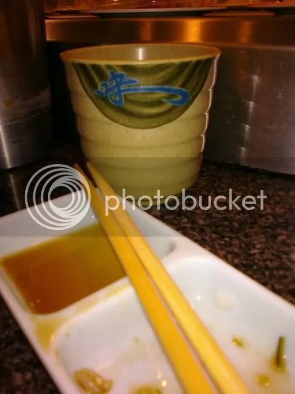 Green tea and veggie rolls