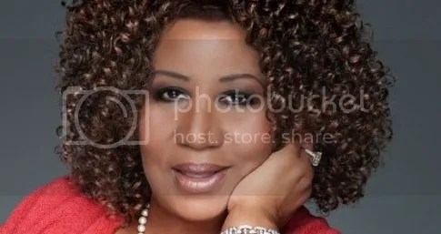 photo Aretha-Franklin-sues-thenewsnerd-for-10-million-dollars-theindustry-cosign_zps81e6dc9d.jpg