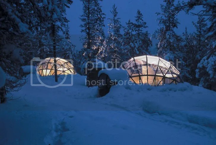 photo TheIglooVillageofHotelKakslauttanenFinland2_zpse89a1b75.jpg