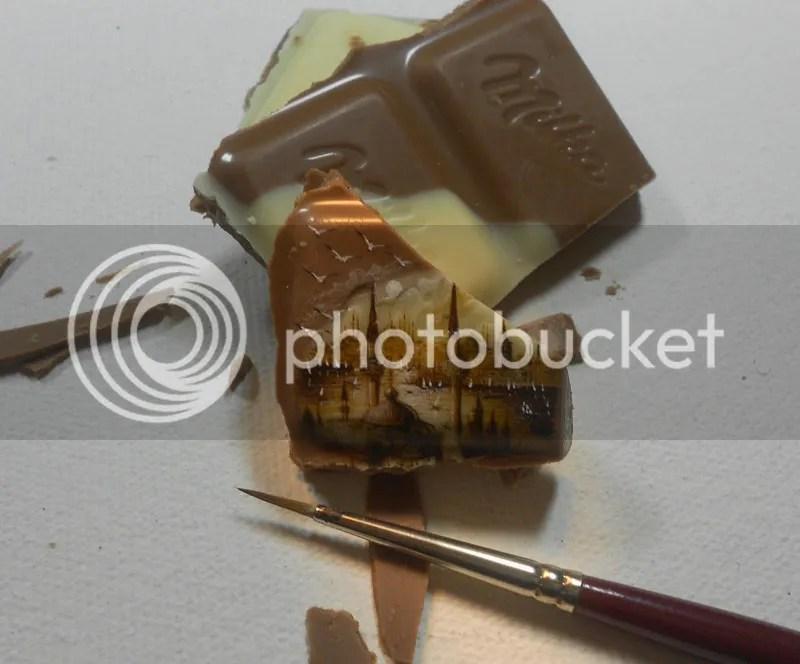 photo microart-by-hasan-kale-tiniest-paintings-ever-6_zps6930ef2b.jpg