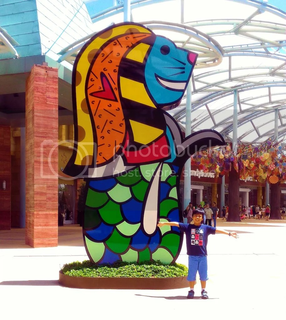 I love this colorful Merlion at Resorts World