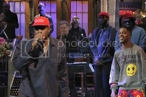 photo snl-kanye-make-america-great-again-hat_zpsofgtuyef.jpg