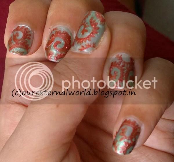Spiral Nail Art Inspired Robin Moses