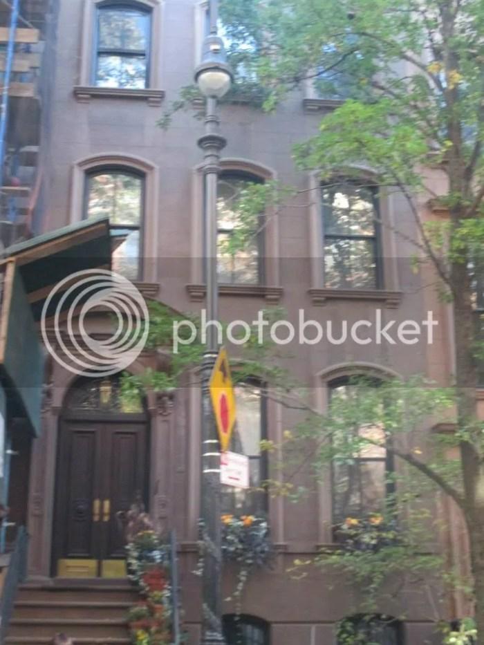 Carrie Bradshaw's appartment photo 988959_10205540949943982_4688579271468252422_n.jpg