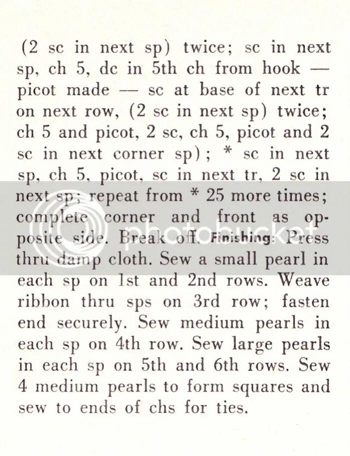 chloeheartsowls.com vintage crochet pattern 1950s velvet and pearl collar
