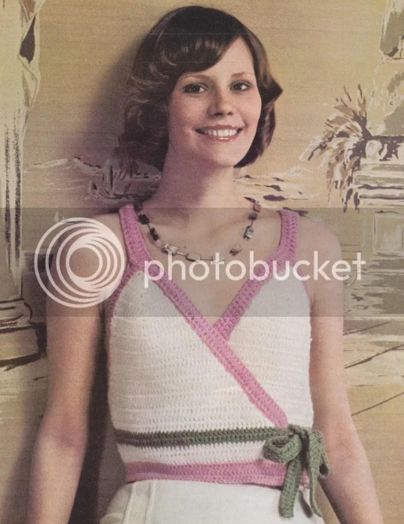 chloeheartsowls.com vintage crochet pattern - 1970s surplice vest