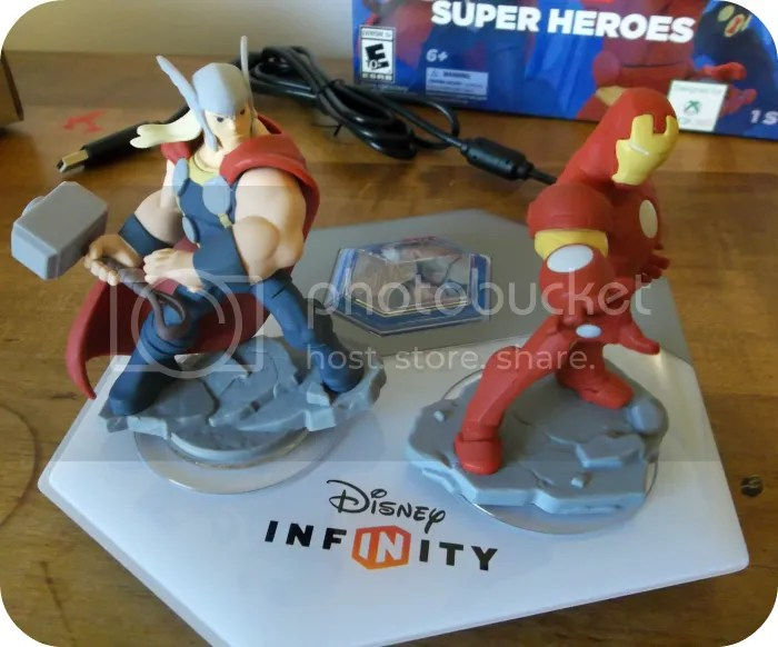 photo DisneyInfinity1_zpsbeaae7a6.png