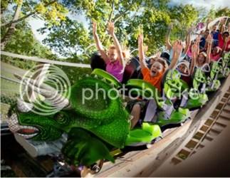 story land roarosaurus