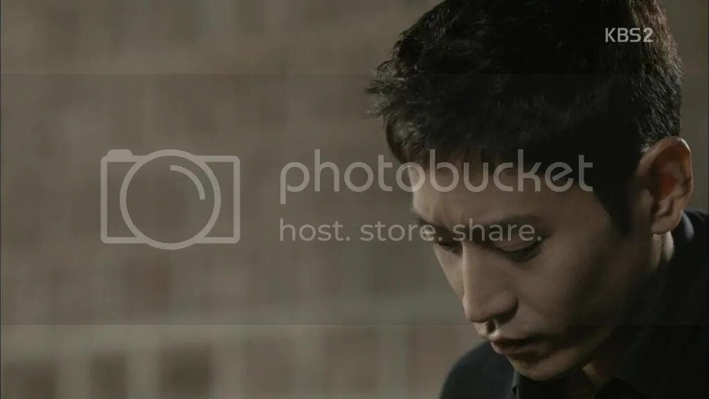 photo C5F0C560C758BC1CACACE13140929HDTVH264720p-WITH00-40-20_zps1009be4e.jpg